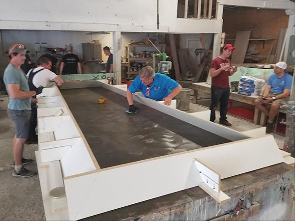 mold with angled edges for thick concrete table