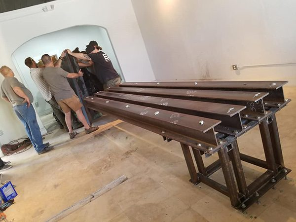 steel support legs for cantilevered concrete table